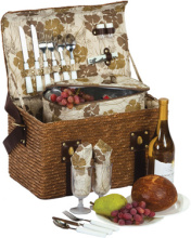 Woodstock Insulated Picnic Basket Equipped for 2 Persons