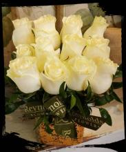 White Rose Cube Bouquet (4x3)