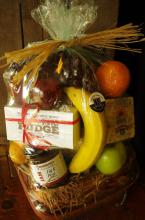 New England Fruit & Gourmet Basket