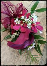 BURGANDY BOUTONNIERE WITH CALLA AND ORCHID
