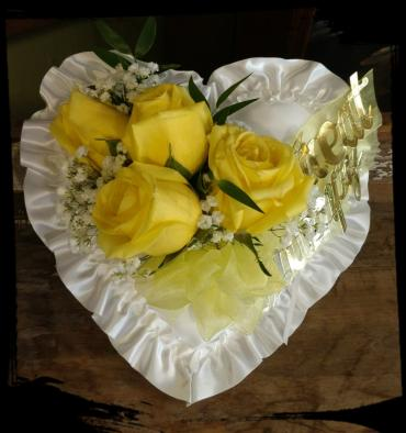 Satin heart with yellow roses