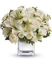 Teleflora\'s Peace & Joy Bouquet