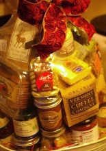 Holiday Bounty Gourmet Basket
