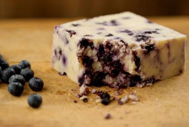Vermont Farmstead - Blueberry WindsorDale Cheese