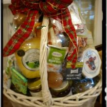 Holiday Cheese and Cheer Basket