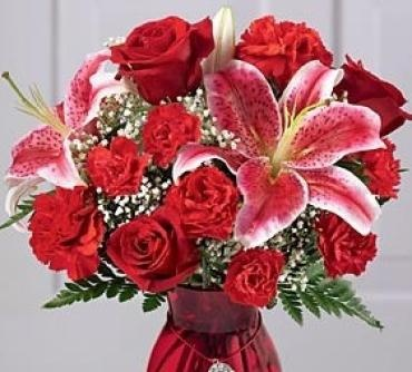 Ruby Rose Valentine\'s Bouquet