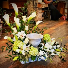 White Urn Surround with Calla Lily
